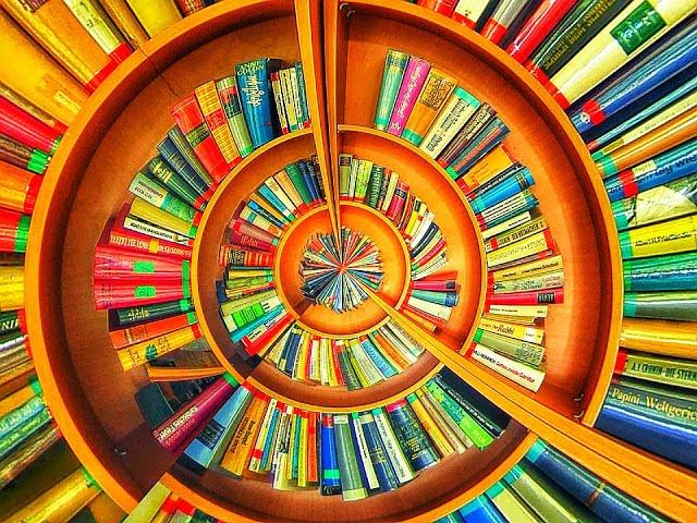 Aurinkoiset kirjat