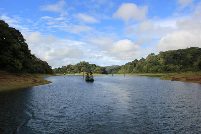 Boating at Periyar Wildlife Sanctuary