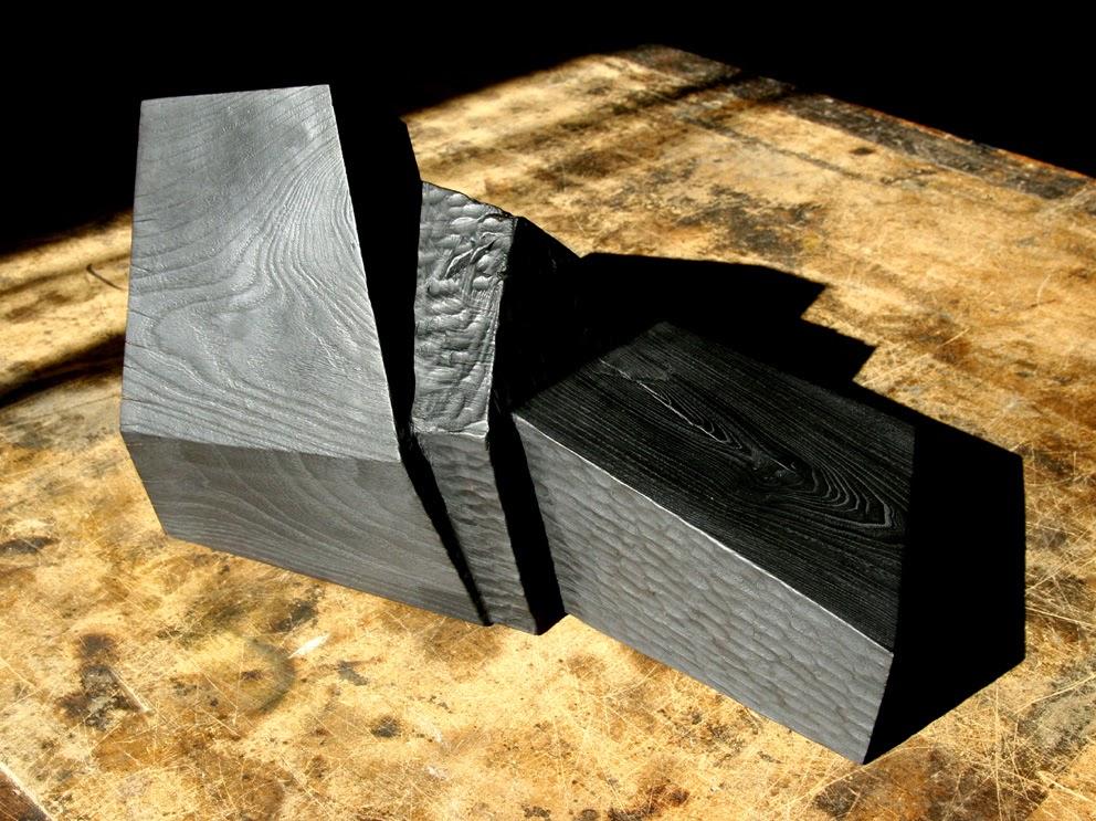 sculpture bois calciné