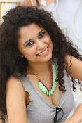 Soumya Sukumar latest hot gallery-thumbnail-1