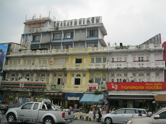 Businesses near Hua Lamphong Train Station