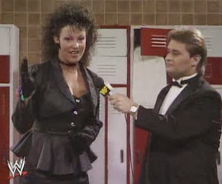 WWF / WWE: Wrestlemania 5 - Tony Schiavone interviews Sensational Sherri