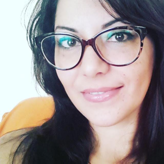 glasses shop  Simona S.