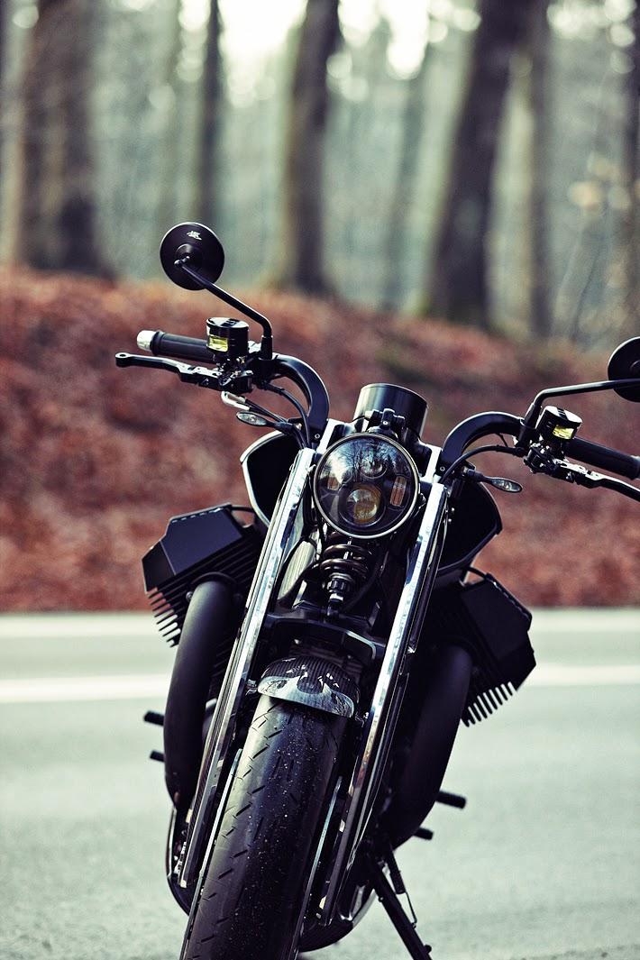 Renard GT | Renard Motorcycles | Renard GT price | Renard GT motorcycle | Carbon Fiber Renard GT | Renard GT Specs | Renard GT reviews | Renard Grand Tourer | Renard Gran Tourer