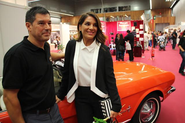 Raquel Bollo posa en la feria ExpoBodas en BEC!