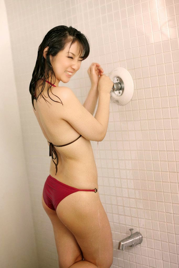 atsuko yamaguchi sexy bikini pics 03