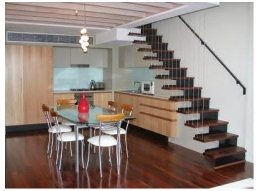 design unik dapur minimalis bawah tangga rumah impian