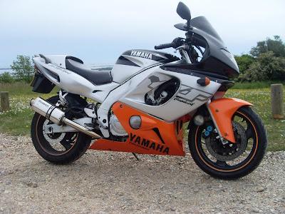 Yamaha YZF 600R Thunder images