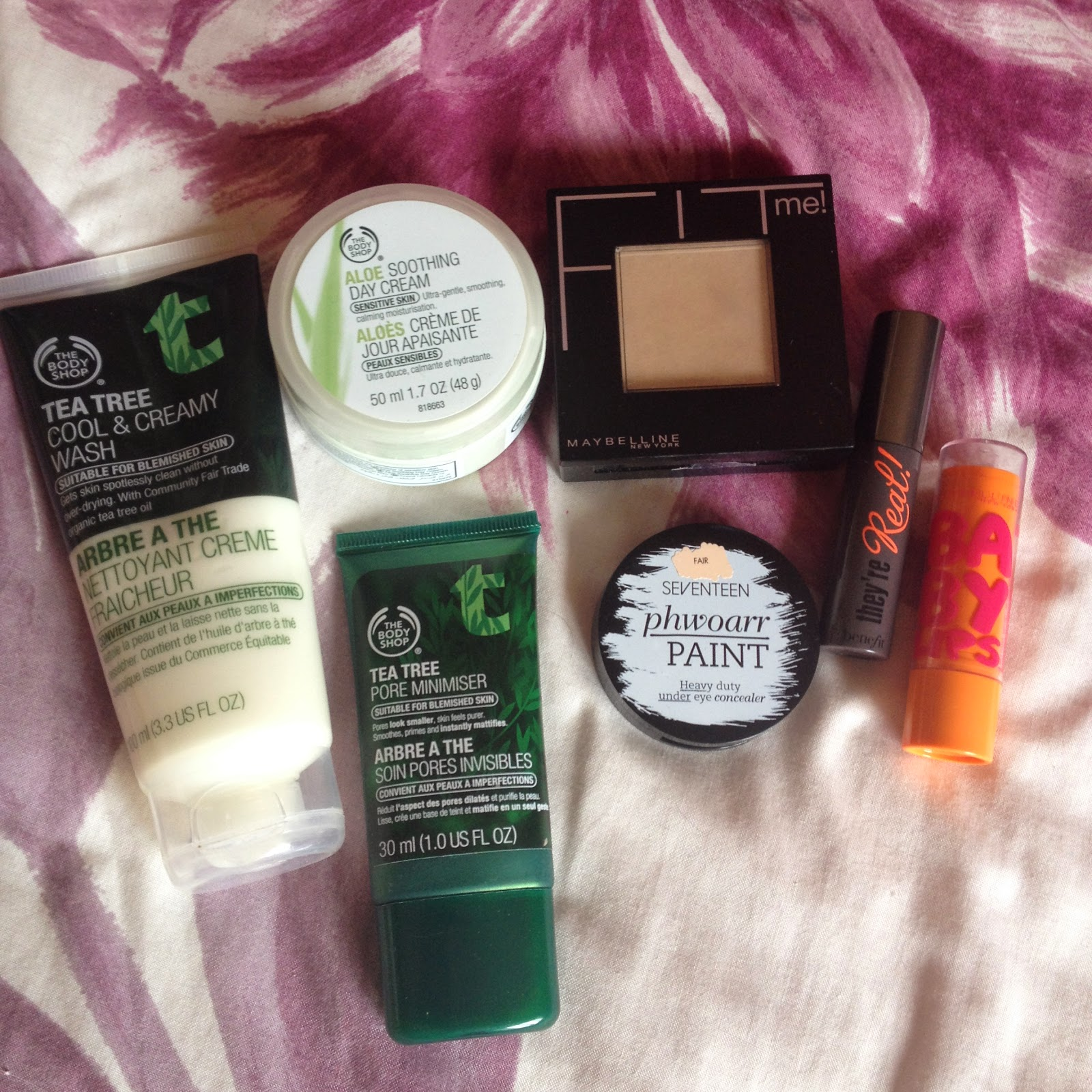lazy day makeup - tea tree face wash the body shop
