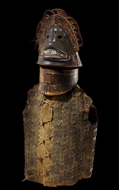 Armures, armes, et autres bidules de l'Histoire Armor