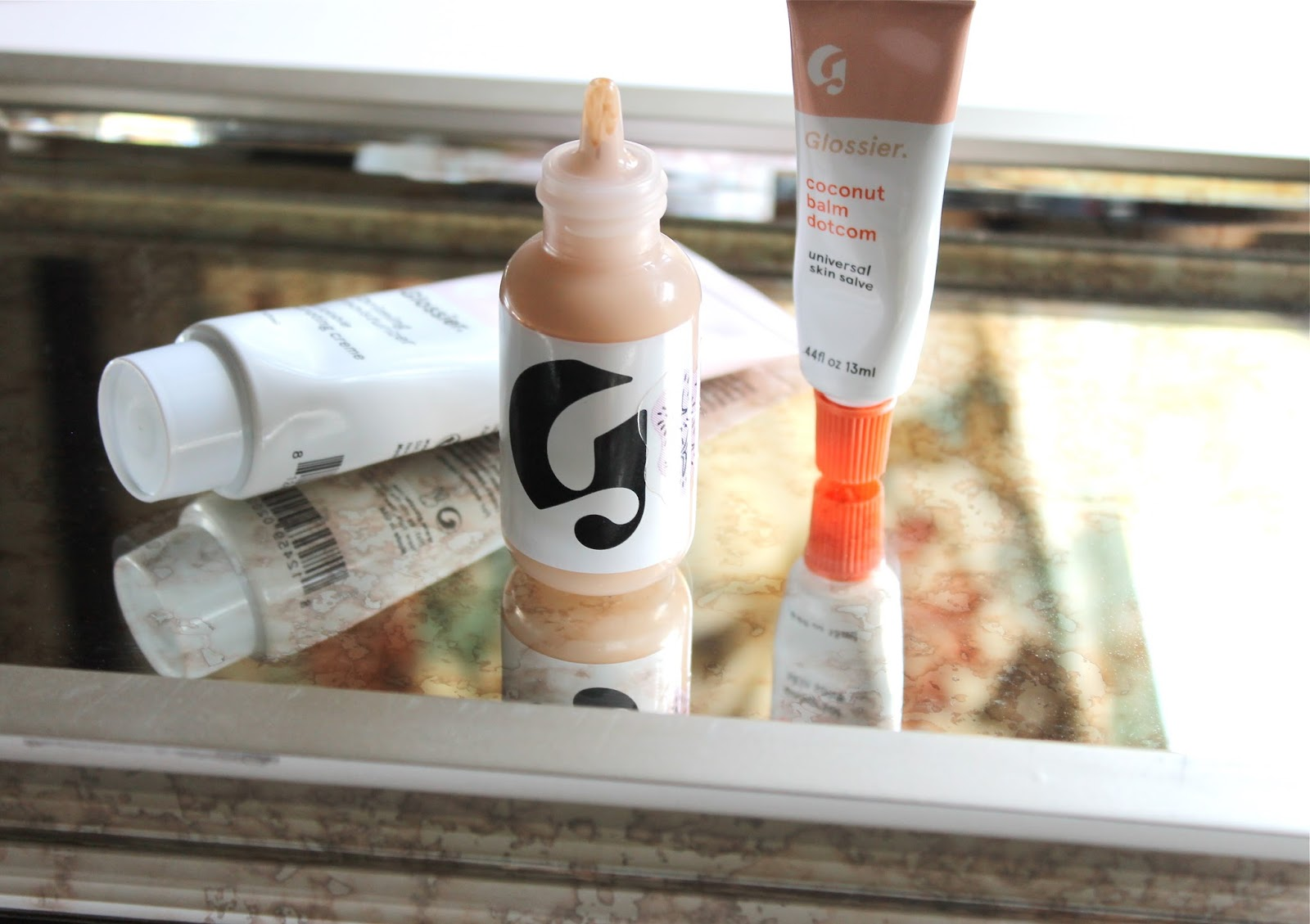 LAZY DAY FAVORITES FROM GLOSSIER