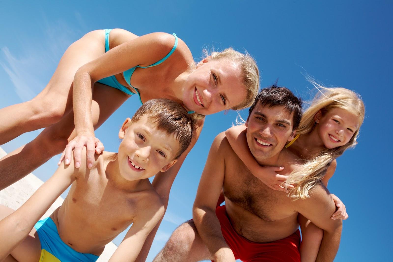 Фотографии нудистов семьями, Эксклюзивные фото семей нудистов 2 фотография