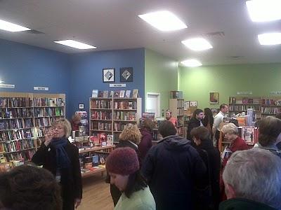CAROLINELEAVITTVILLE: Eileen McGervey at One More Page Books talks ...
