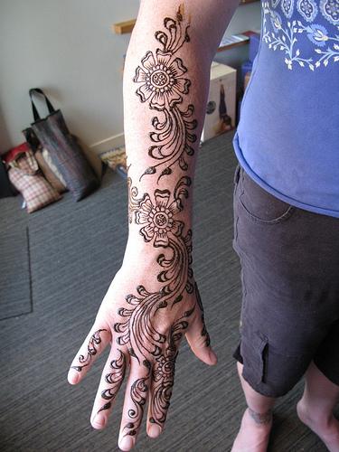 Arm Mehndi Images : Easy arm mehndi desings