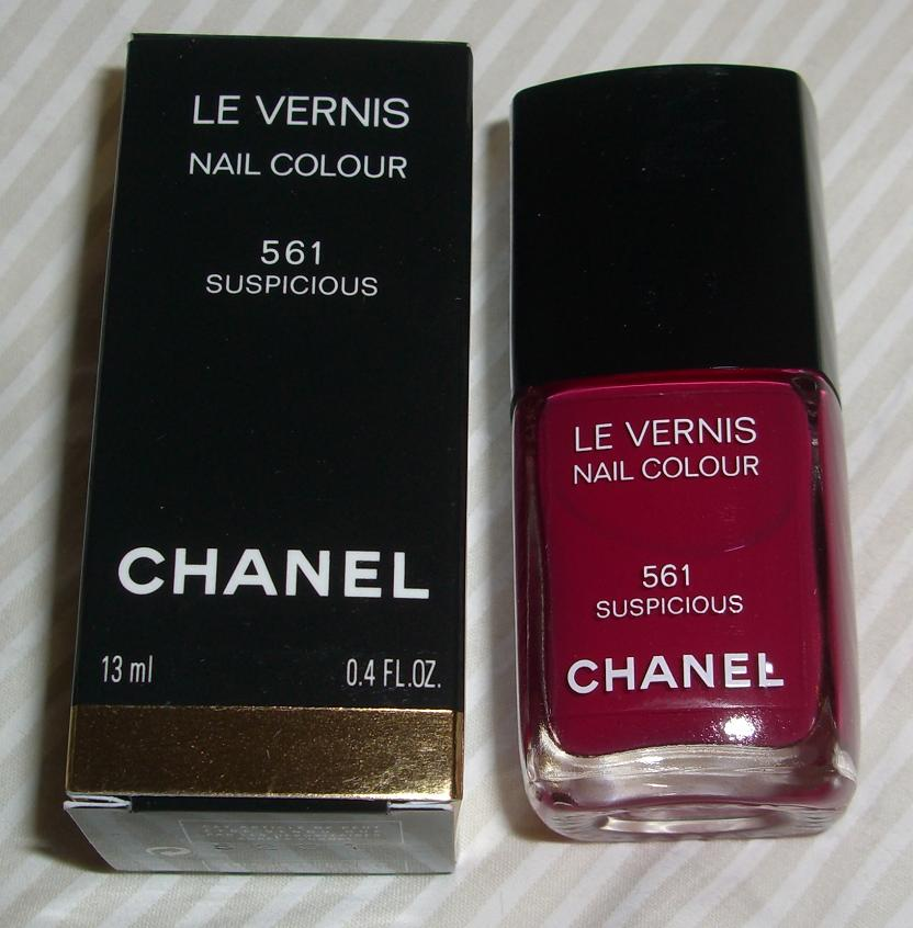 blushed wombat chanel le vernis nail colour 561 suspicious review swatch polish. Black Bedroom Furniture Sets. Home Design Ideas