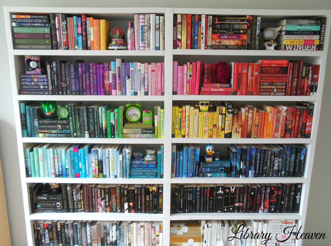 Friday favorites estanter as de libros mi ventana favorita - Estanterias de libros ...