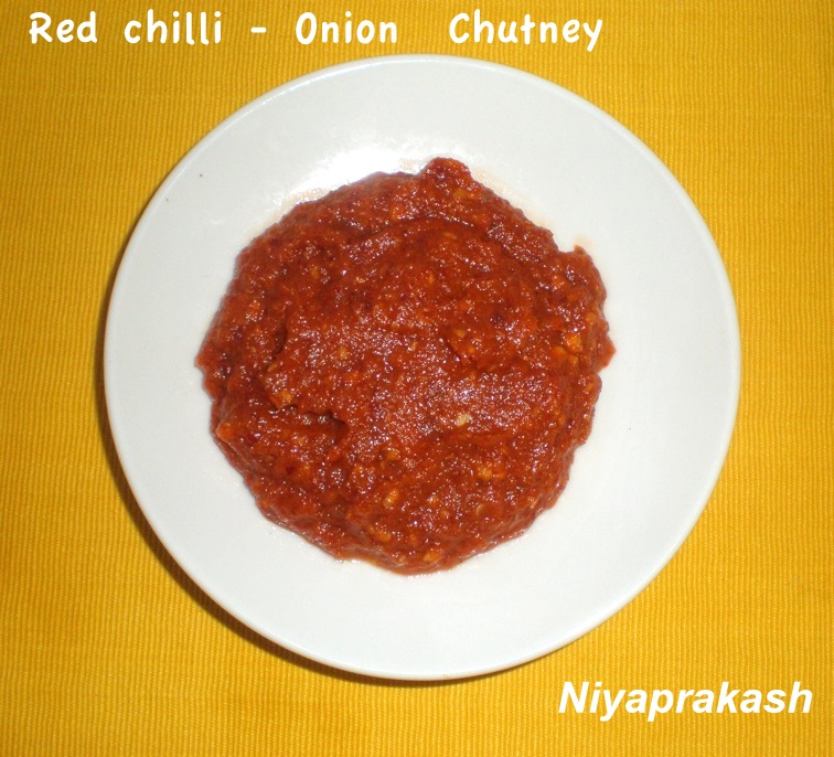 Niya's World: Mulak Ulli Chammanthi (Red chilli - Onion Chutney)
