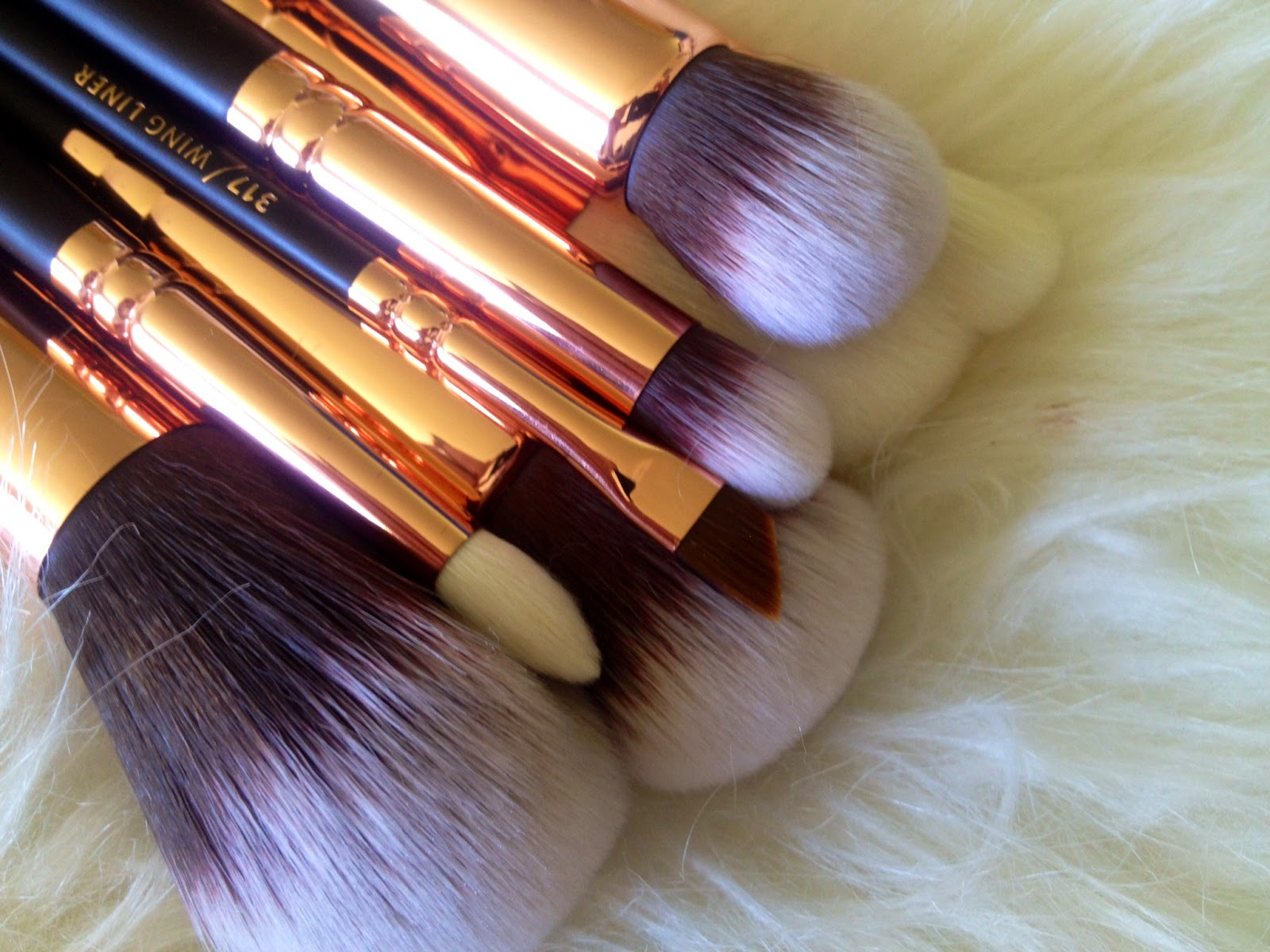 Zoeva Rose Golden Brush Set