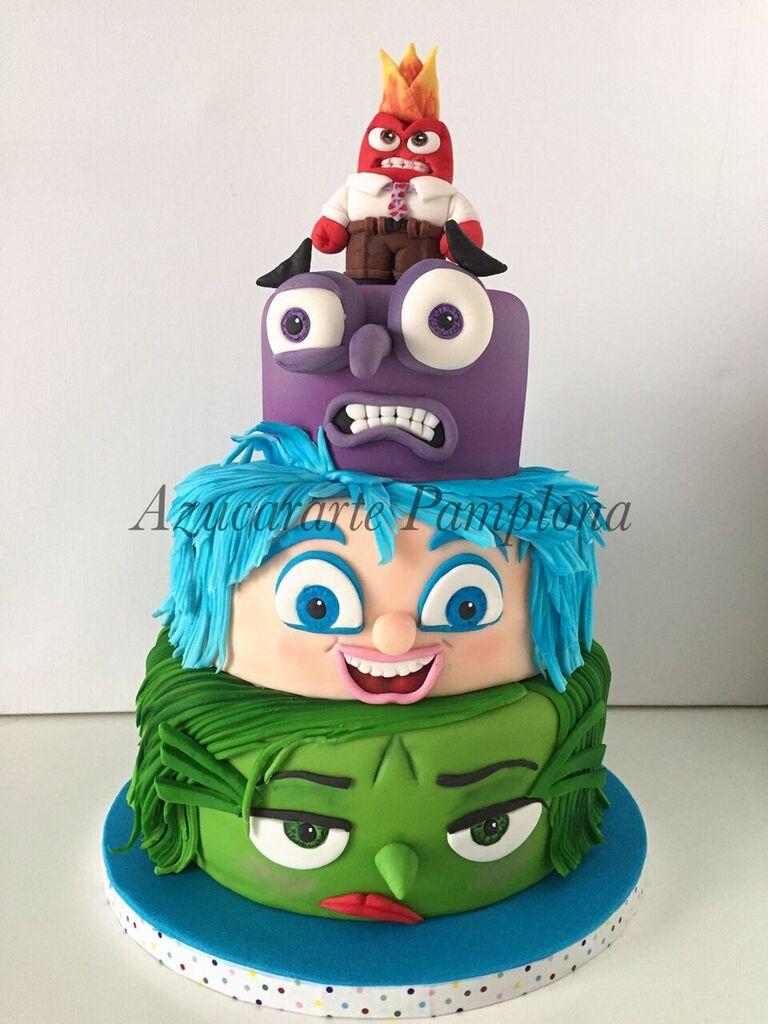 tarta de cumpleanos del reves decoracion en fondant tartas azucararte pamplona pamplona