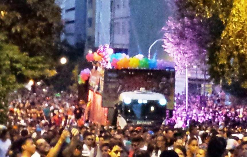 Cerca de 30 mil pessoas estiveram presentes na 18ª Parada do Orgulho LGBT