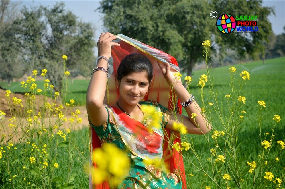 kurti ghaghri