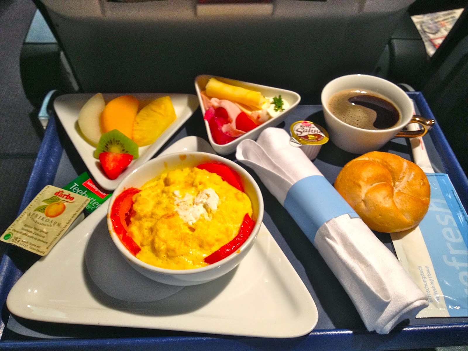 Picture of Austrian Airlines business class food.