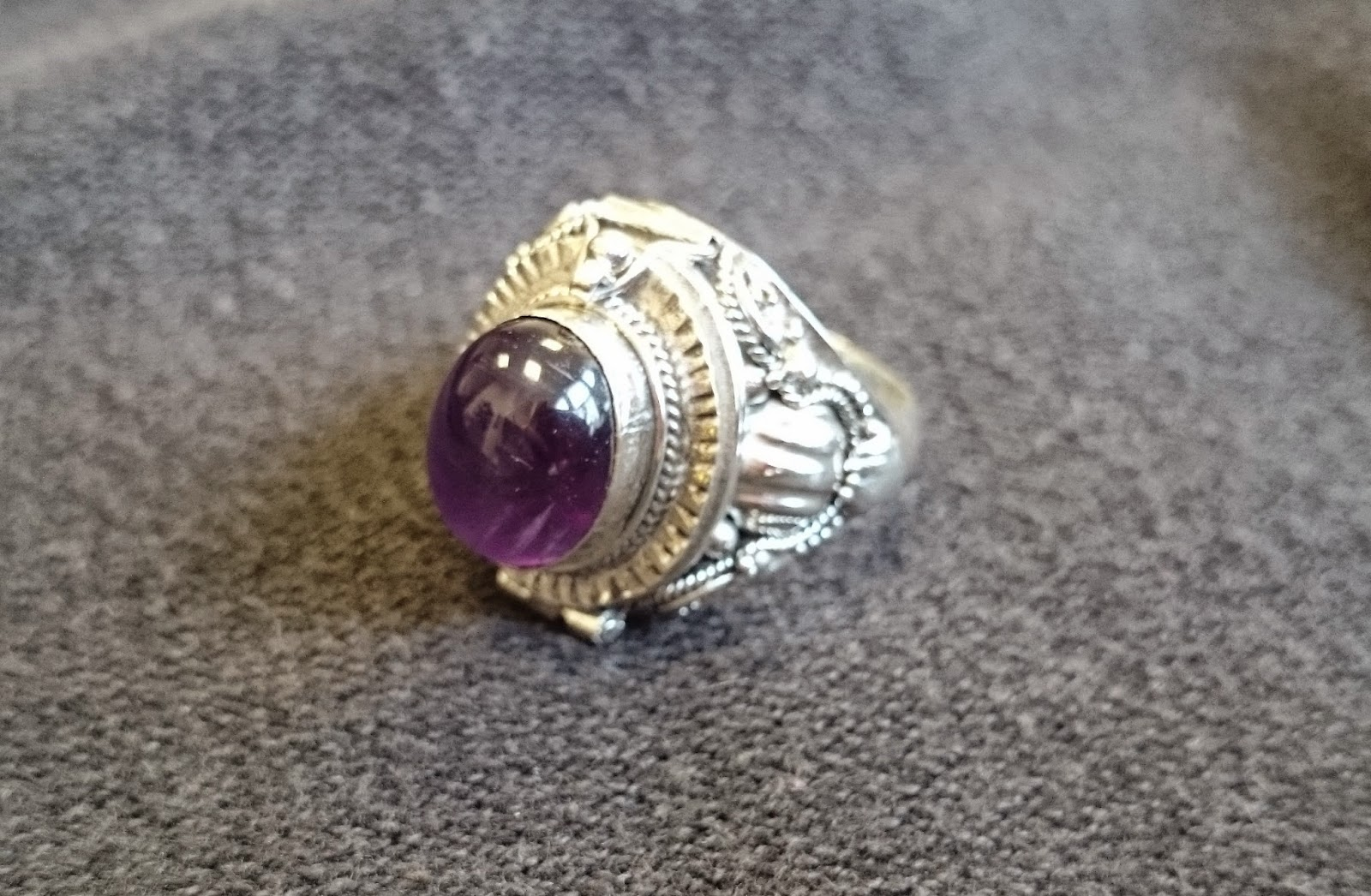 regal rose saros silver poison trinket ring amethyst gothic jewellery