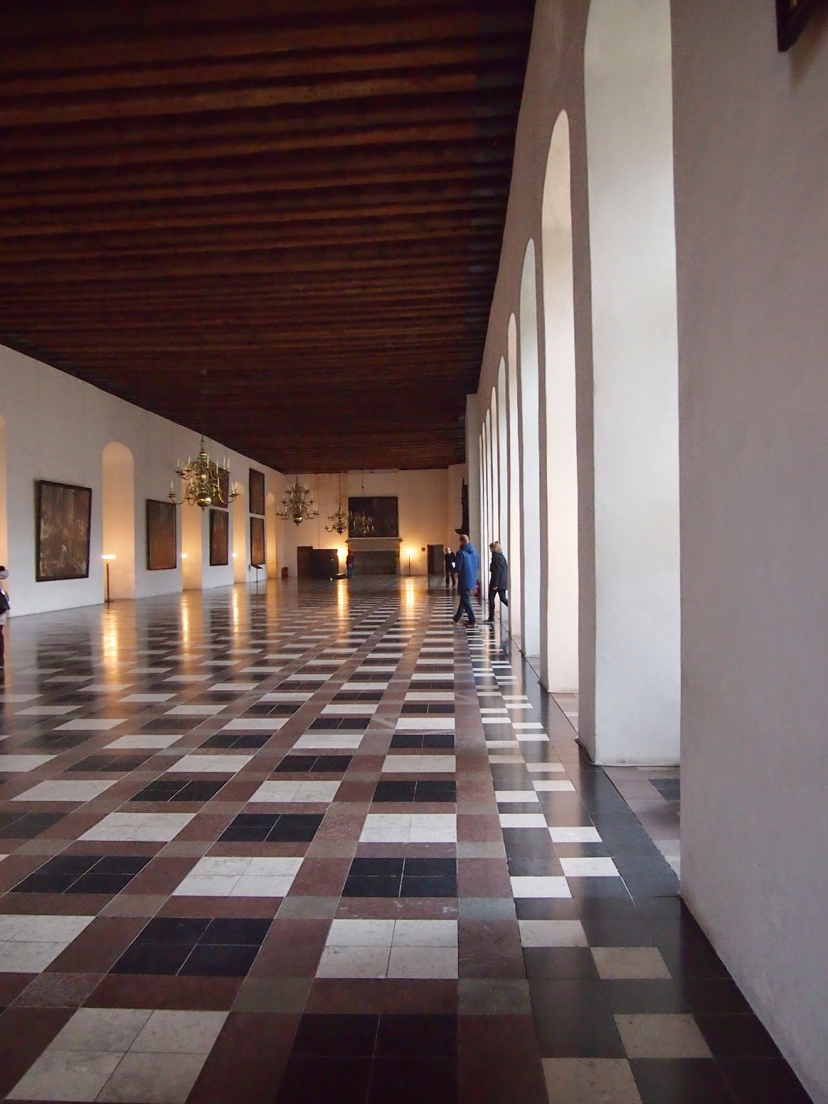 a hall inside the kronborg castle