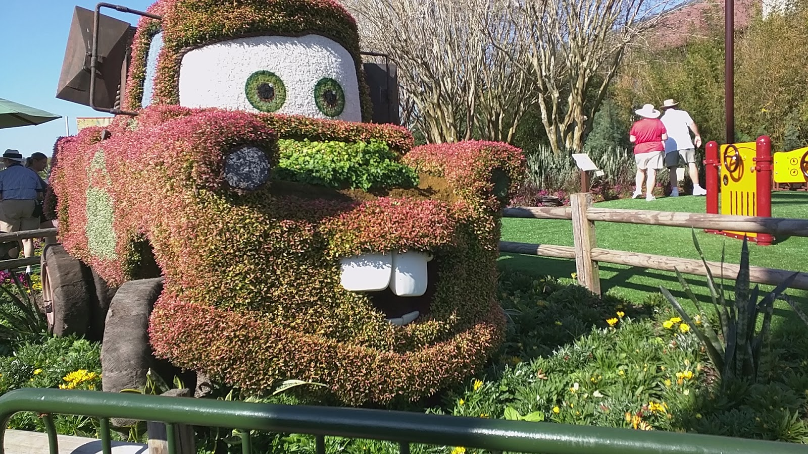 Tow Mater Topiary At Epcot\'s Flower And Garden Show - 2015