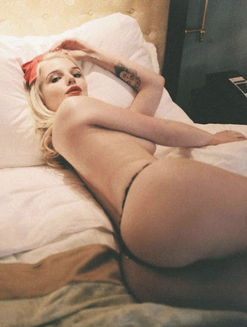 rubias y tetonas! la combinación más perfecta , mujeres sensuales y muy cachondas dispuestas a todo , whatsapp pics , chicas bellas