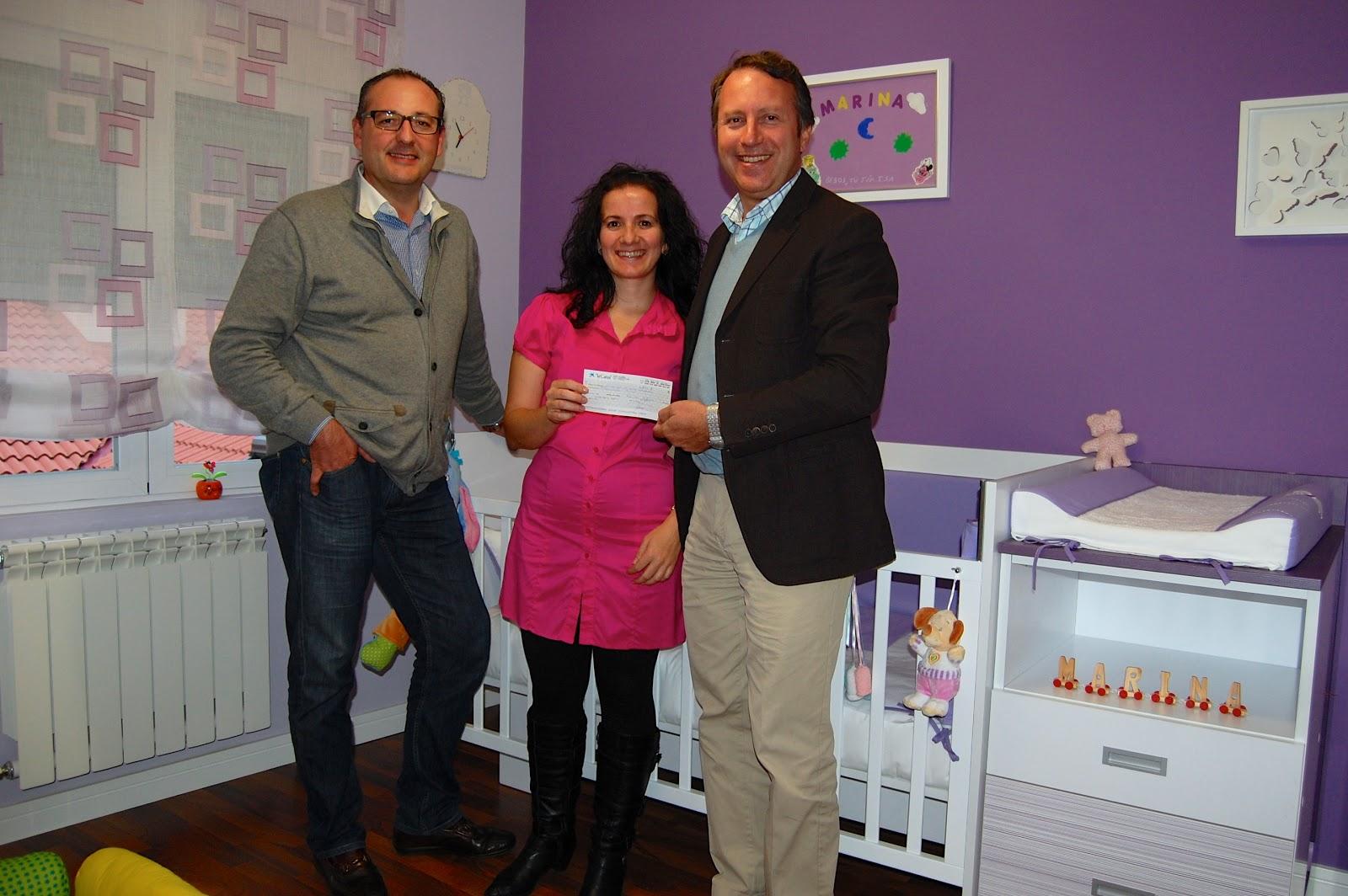 Muebles ros entregamos el cheque del concurso de 300 - Pagina de muebles ...