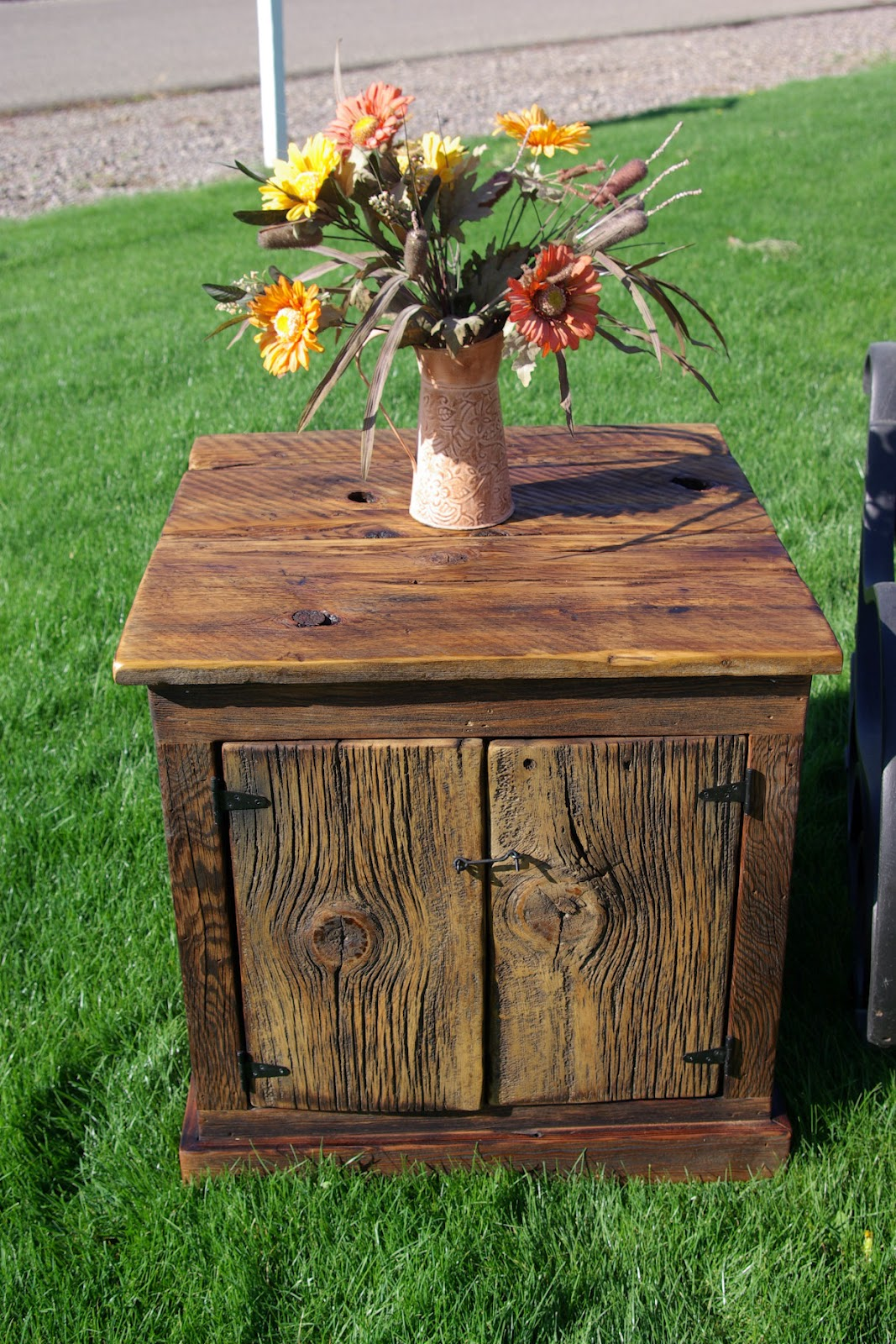 Superb Barn Wood Coffee Table and Matching End Table