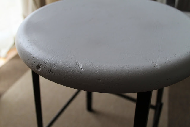 Here is a closer look at the metal chair back so you can see the paint ...