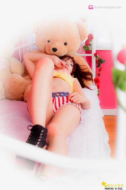 4 Han Min Young in a yellow crop top and shorts - very cute asian girl-girlcute4u.blogspot.com