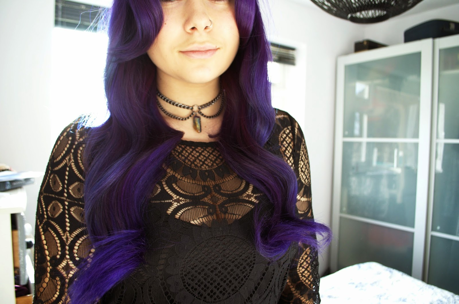 Vintage waves tutorial with purple hair.