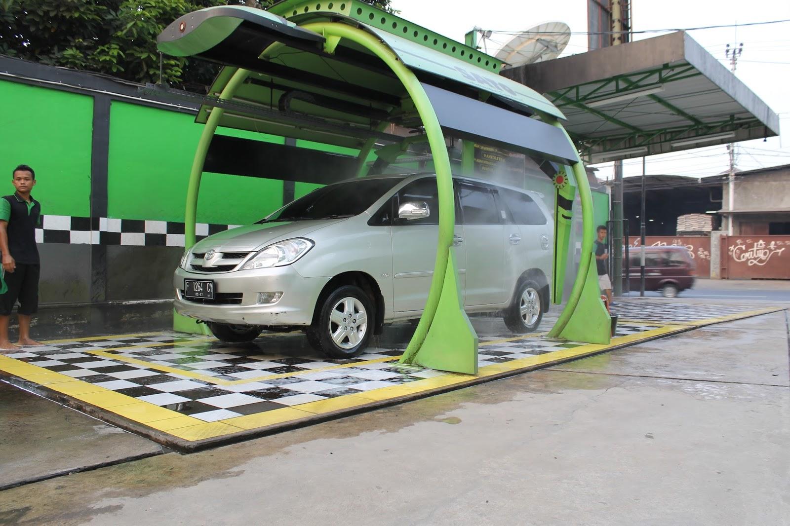 Cuci Mobil Robotik Pertama Di Indonesia Cuci Mobil