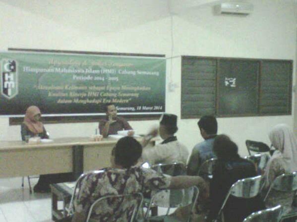 Sekretaris KNPI Beri Ceramah di HMI Cabang Semarang