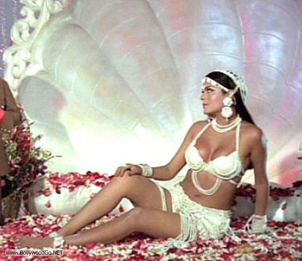 Bollywood+Bikini+(5)