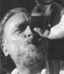 Charles Bukowski - Escritor