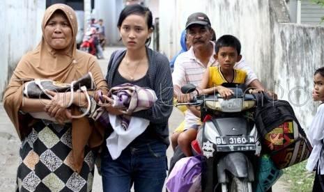 Foto Gempa Aceh 10 Januari 2013