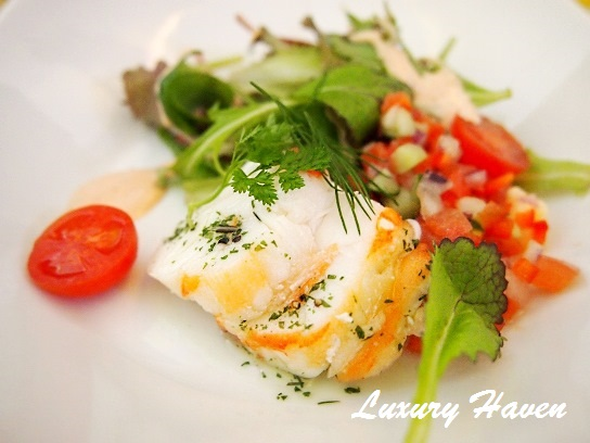 singapore airlines business class lobster medallions