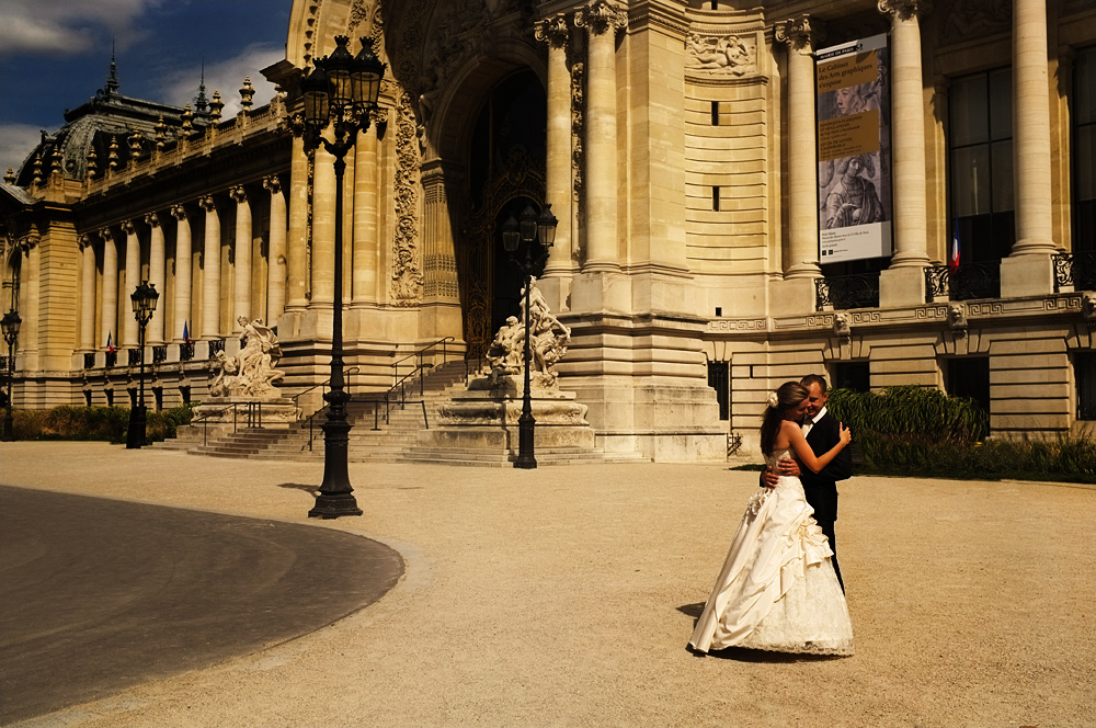 Wedding at the Petit Palais - Photo by Tim Irving