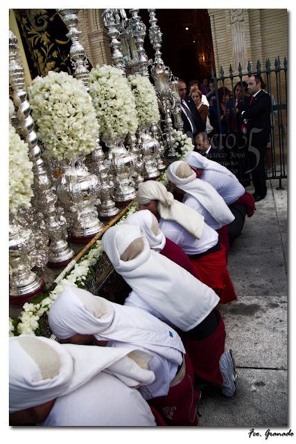 http://franciscogranadopatero35.blogspot.com.es/2011/10/fotografias-hermandad-de-la.html