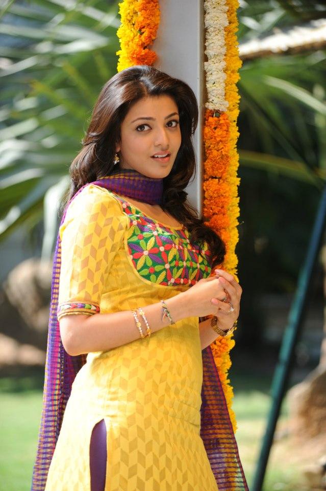 Sunakshi Hot Boobs Navel Photos  Actress Hot Sexy