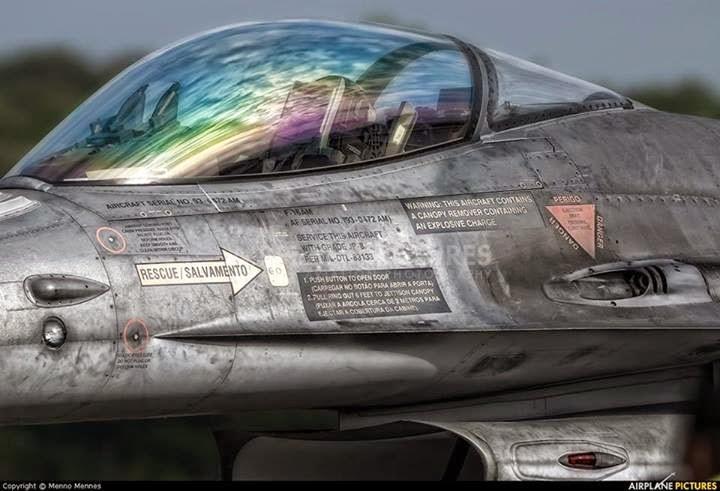 Gobierno colombiano busca comprar F-16