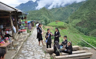 Sapa Tour by train 2 days from Ha Noi 1
