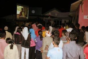 Layar Tanjleb Festival Film Purbalingga (FFP) 2012 di Gunungwuled, Gunung Wuled.