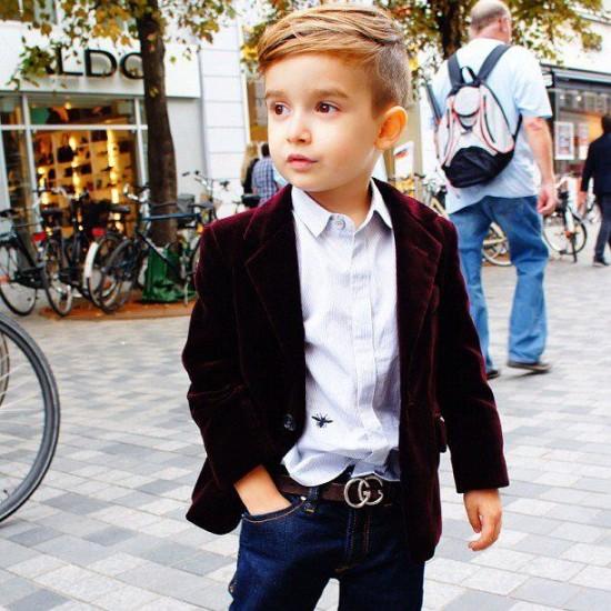 ألونسو ماتيو - الطفل ذو الخمس سنوات الذي اصبح اشهر عارض ازياء Alonso-Mateo3-550x55