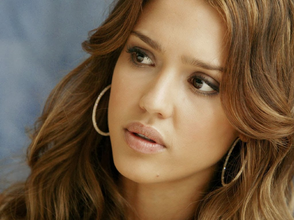 Jessica Alba in Sad Mood