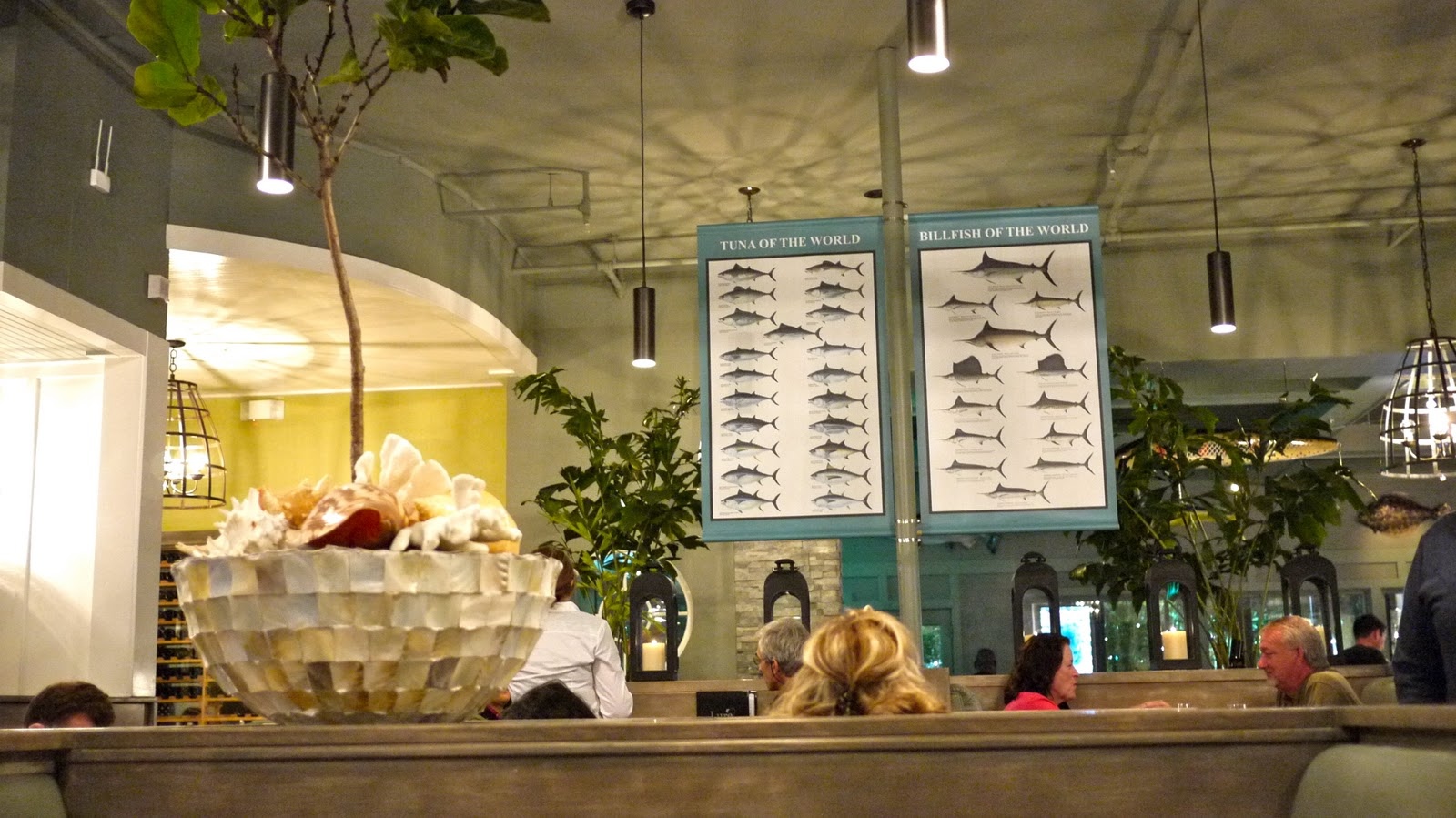 Smitten by food lure fish house camarillo los angeles for Lure fish house